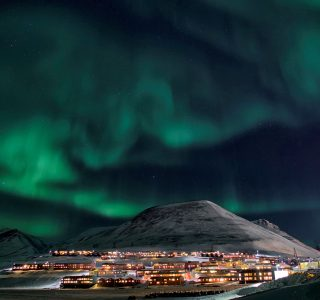 Nuno Cruz Northern Lights Longyearbyen